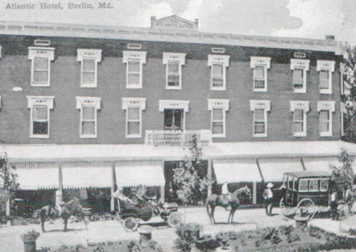 B&W Image Atlantic Hotel Early Century