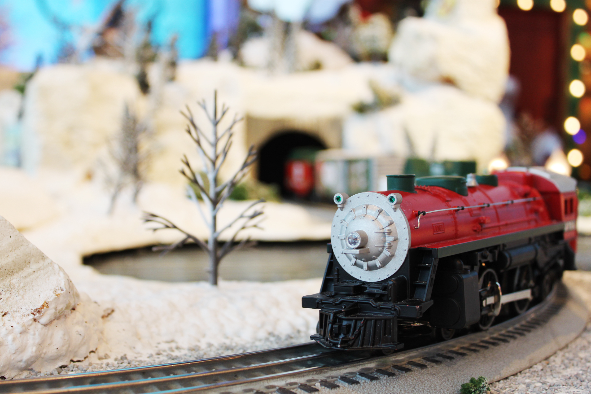 toy train christmas_91338185